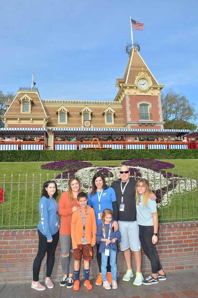Jennifer and her family at Disney