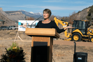 Animas Surgical Hospital CEO Wendy Bitner talks about the project during the ground-breaking ceremony.