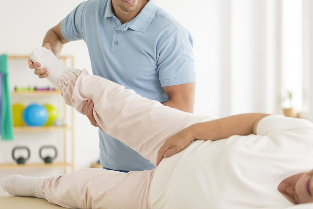 thigh pain after hip replacement