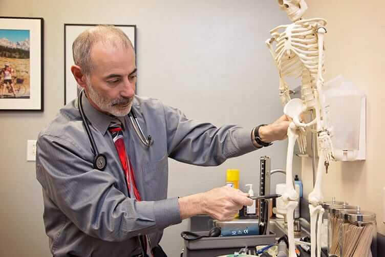 Internal Medicine doctor - Arthritis - Diabetes - high cholesterol - concierge medicine near me - concierge physician - concierge medicine - concierge doctor - Dr. Lending - Internal Medicine Tucson, AZ - Concierge Internal Medicine - Robert E. Lending, MD