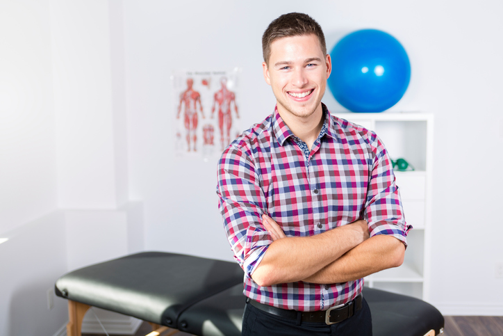 Physical Therapist Back Pain - Lynx Healthcare