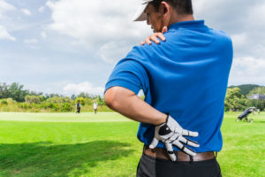 Golfer with shoulder pain