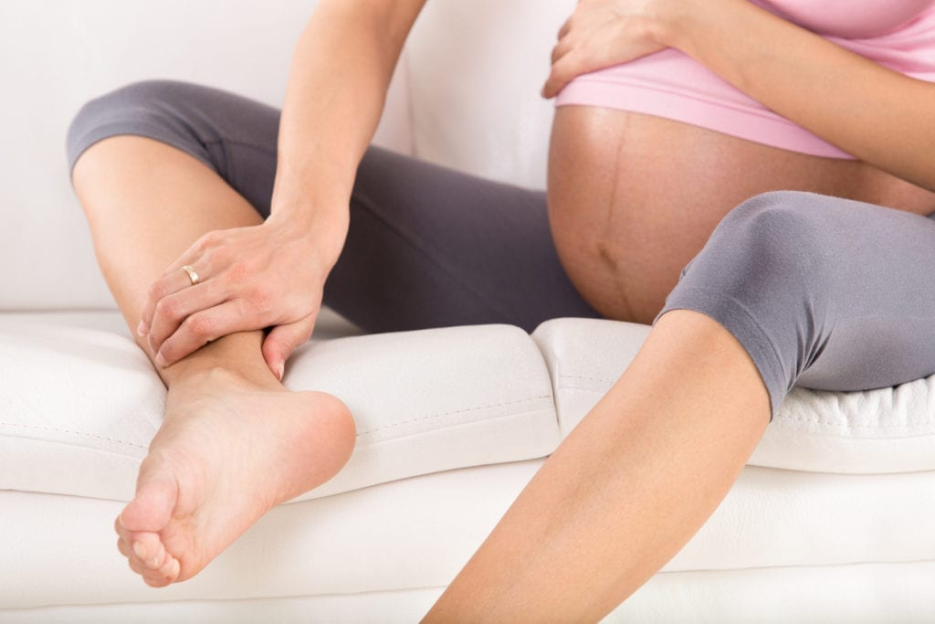 pregnancy foot pain