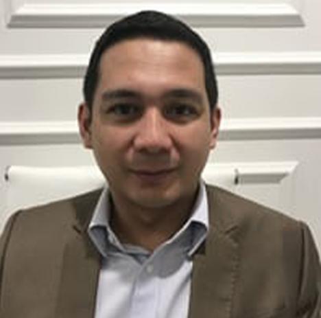 Dr. Ryan Paraiso - Board-Certified Plastic Surgeon - Reconstructive Surgeon - hair transplant