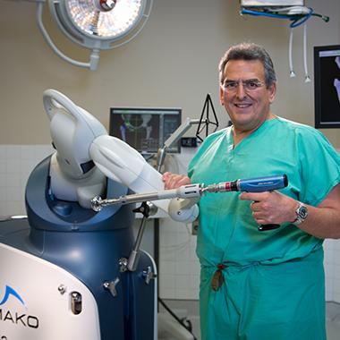 orthopedic surgeon near me - orthopedic surgeon Miami FL - dr lavernia - orthopedic surgery