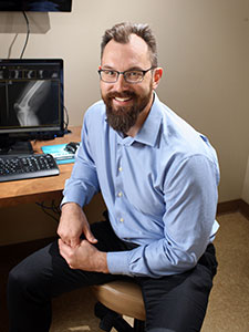 Dr. Dane Glueck - Advanced Bone & Joint - Orthopedic Doctor