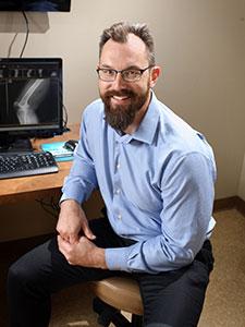 Dr. Dane Glueck - Advanced Bone & Joint - Orthopedic Doctor