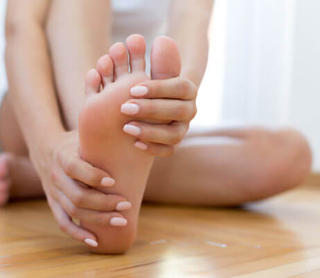 Podiatrists Naples FL - Custom Orthotics - Joint Replacement Institute - Podiatrists near me