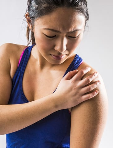 Shoulder Pain - Shoulder Pain treatment - shoulder injuries - Orthopedic Surgeon St. Louis, MO - orthopedic doctor near me - orthopedic surgeon near me - orthopedic near me - orthopedic specialist - bone doctor - dr jason browdy - dr browdy