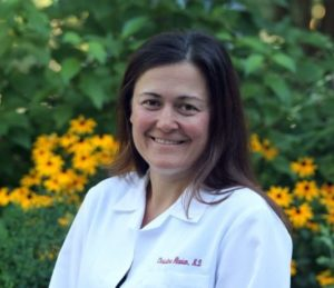 "<img src=""dermatologist.jpg"" alt=""Dr. Christina Alavian""/>"